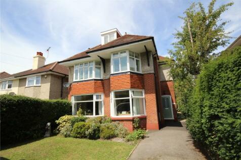 Parkstone Avenue, Lower Parkstone, Poole, BH14. 3 bedroom maisonette