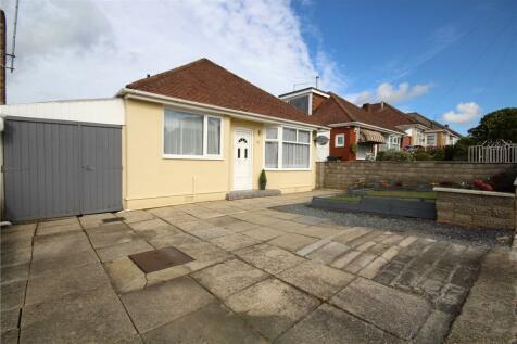 Chandos Avenue, Poole, Dorset, BH12. 2 bedroom bungalow