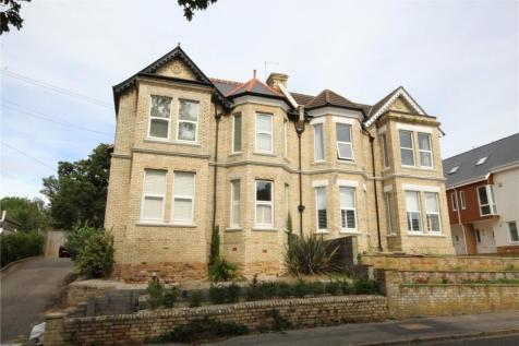 9 Sandringham Road, Lower Parkstone, Poole, BH14. 4 bedroom semi-detached house