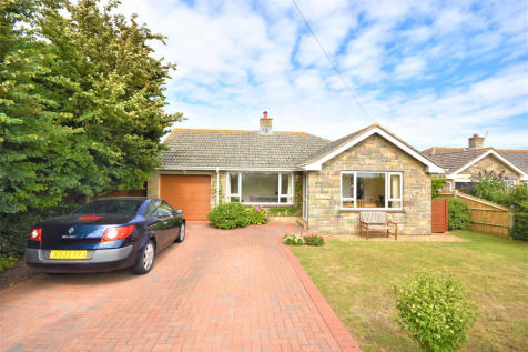 Galley Lane, Brighstone. 2 bedroom detached bungalow