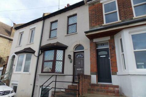 Borstal Street Rochester. 3 bedroom terraced house