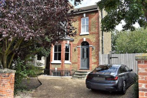Roebuck Road Rochester. 3 bedroom semi-detached house