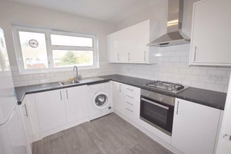 Temple Close, Finchley, London, N3. 2 bedroom flat