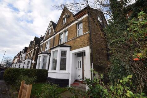 Ballards Lane, Finchley, London, N3. 2 bedroom flat