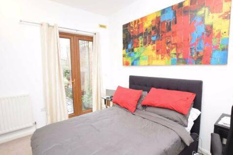 East End Road, East Finchley, London, N2. 1 bedroom flat