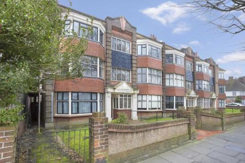 Mornington Mansions, New Church Road, Hove, East Sussex, BN3. 2 bedroom apartment