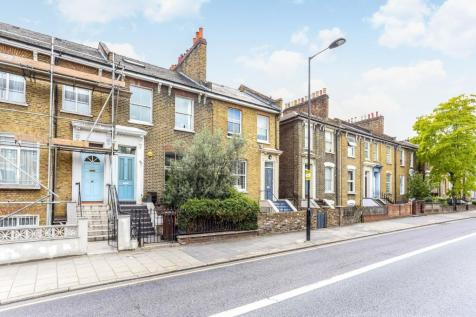Graham Road, Hackney, London, E8. 4 bedroom terraced house