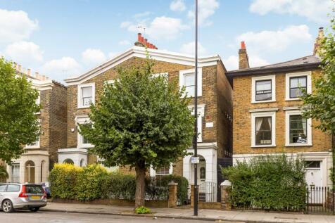 Queensbridge Road, Hackney, London, E8. 4 bedroom terraced house
