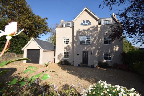 St. Georges Road, Ryde, PO33 3AS. 5 bedroom detached house for sale