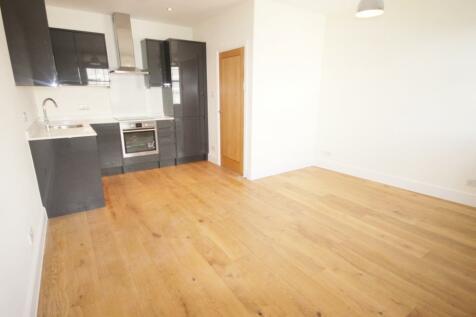 King Street, Twickenham, TW1. 1 bedroom apartment