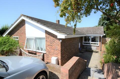 Park Close, Sudbury. 4 bedroom detached bungalow