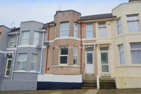 Station Road, Keyham. 3 bedroom house