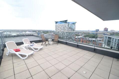 Centenary Plaza, Holliday Street. 3 bedroom apartment