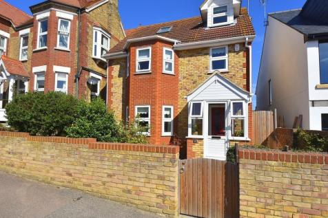 West Cliff Road, Broadstairs, CT10. 4 bedroom detached house