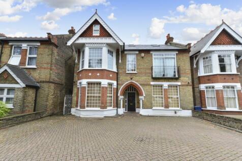 Madeley Road, W5. 2 bedroom flat
