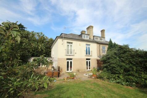 Glenmore Road, Salisbury. 4 bedroom semi-detached house for sale