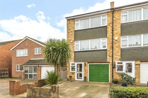 Crosier Road, Ickenham, Middlesex, UB10. 3 bedroom town house for sale