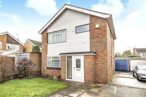 Broadacre Close, Ickenham, Uxbridge, Middlesex, UB10. 3 bedroom detached house