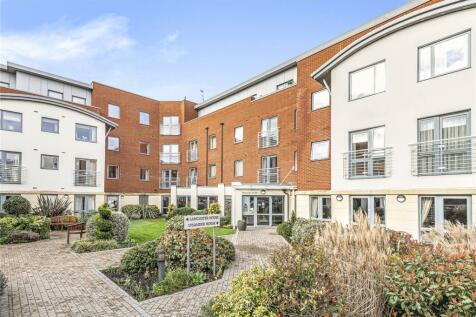 Lysander House, Josiah Drive, Uxbridge, UB10. 1 bedroom apartment for sale