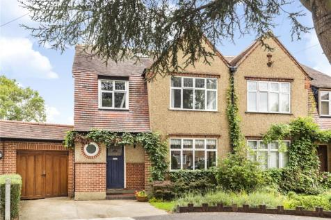 Deane Way, Ruislip, Middlesex, HA4. 4 bedroom semi-detached house for sale