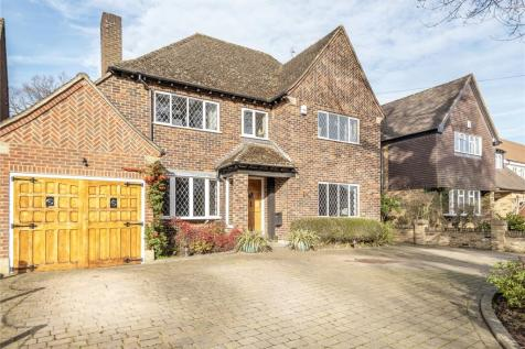 Broadwood Avenue, Ruislip, Middlesex, HA4. 4 bedroom detached house for sale