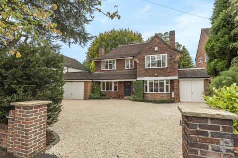 St. Martins Approach, Ruislip, Middlesex, HA4. 5 bedroom detached house for sale