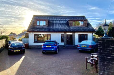 Methven Street, High Overtoun, Clydebank. 4 bedroom detached bungalow for sale