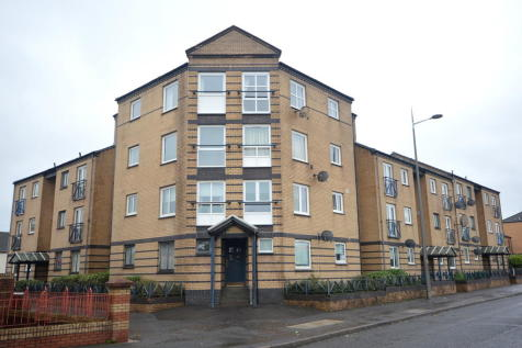 Glasgow Road, Clydebank G81 1QH. 2 bedroom apartment