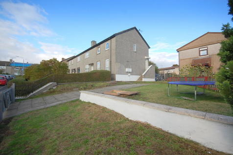 Greenwood Quadrant, Linnvale, Clydebank. 3 bedroom flat for sale