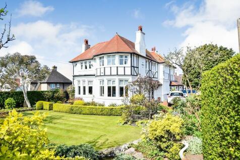 Gannock Park, Deganwy. 4 bedroom detached house