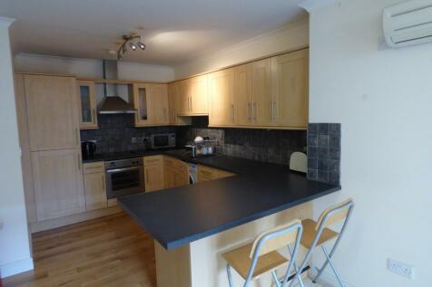 Wood Street, Swindon. 2 bedroom apartment