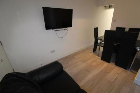 Grafton Street, Coventry. 5 bedroom terraced house for sale