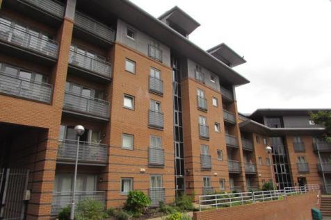 Manor House Drive, Coventry. 2 bedroom apartment for sale