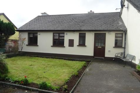 Foxford, Mayo. 3 bedroom semi-detached house for sale