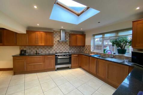 Parkwood Road, Isleworth. 4 bedroom semi-detached house