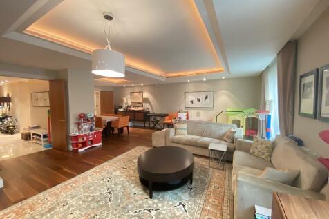 Lancelot Place, Knightsbridge. 3 bedroom apartment