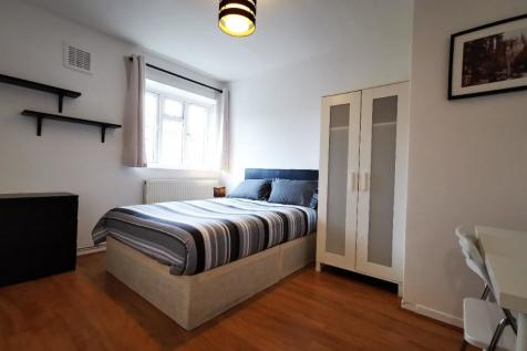 Cambay House,Harford Street, London, E1. 1 bedroom flat share