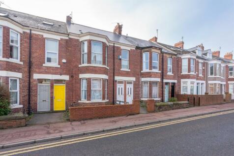 Simonside Terrace, Heaton, NE6. 2 bedroom flat