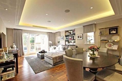 Collingham House, Hammers Lane, Mill Hill, Londn, NW7. 3 bedroom apartment