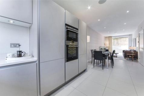 Kingscroft Road, West Hampstead, NW2. 4 bedroom house for sale