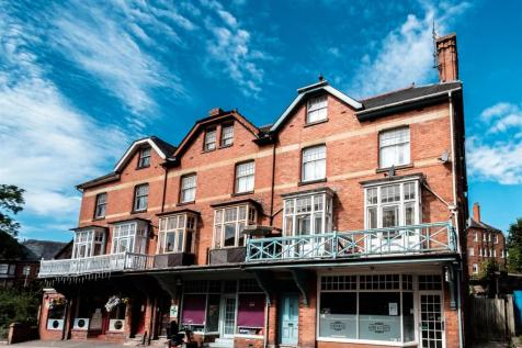 4 Arvon House, Temple Street, Llandrindod Wells, LD1 5DP, Mid Wales - Flat / 2 bedroom flat for sale / £69,950
