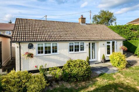 Crossgates, Llandrindod Wells, LD1 5SN. 2 bedroom bungalow