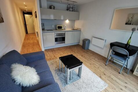 Hub, 1 Clive Passage. Studio apartment