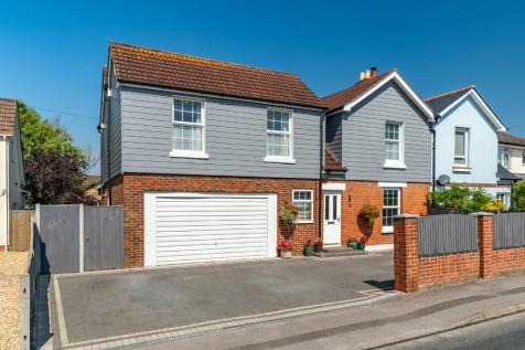 Fleet End Road, Warsash, SO31. 4 bedroom semi-detached house