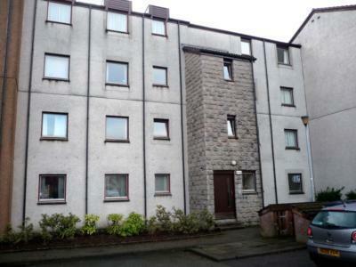 84 Headland Court, Aberdeen, AB10 7HW. 2 bedroom flat