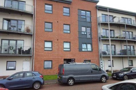 South Victoria Dock Road, Dundee, DD1. 2 bedroom flat