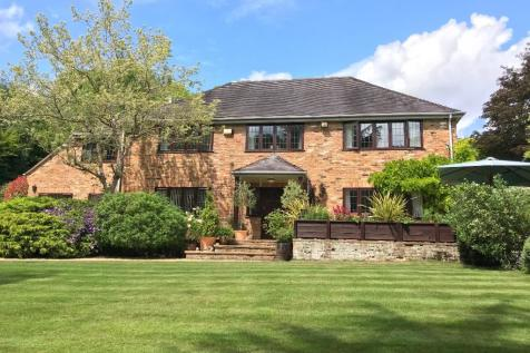 Lambridge Wood Road, Henley-On-Thames, Oxfordshire, RG9. 5 bedroom detached house for sale