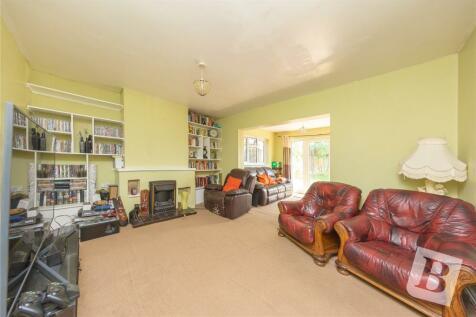 Johns Road, Meopham, Gravesend, Kent, DA13. 6 bedroom bungalow for sale
