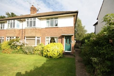 Hither Meadow, Chalfont St Peter, SL9. 2 bedroom maisonette