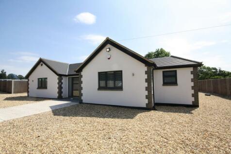 Bellswood Lane, IVER, SL0. 4 bedroom bungalow